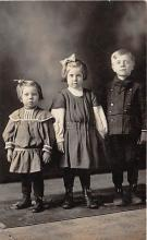 pht100693 - People and Children Photographed on Postcard, Old Vintage Antique Post Card