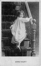 pht100694 - People and Children Photographed on Postcard, Old Vintage Antique Post Card