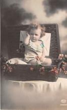 pht200013 - People and Children Photographed on Postcard, Old Vintage Antique Post Card