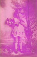 pht200030 - People and Children Photographed on Postcard, Old Vintage Antique Post Card