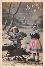 pht200125 - People and Children Photographed on Postcard, Old Vintage Antique Post Card
