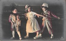 pht200326 - People and Children Photographed on Postcard, Old Vintage Antique Post Card
