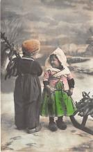 pht200361 - People and Children Photographed on Postcard, Old Vintage Antique Post Card