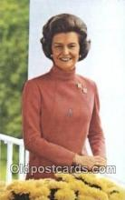 pol038013 - Betty Ford Gerald Ford 38th USA President Postcard Postcards