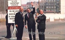pol040022 - Ronald Regan 40th USA President Postcard Postcards