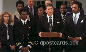 pol040062 - Ronald Regan 40th USA President Postcard Postcards