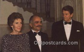 pol040066 - King Hussein Ronald Regan 40th USA President Postcard Postcards