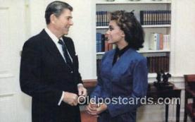 pol040068 - The New Miss America Ronald Regan 40th USA President Postcard Postcards