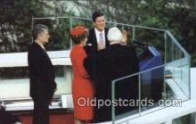 pol040086 - Ronald Regan 40th USA President Postcard Postcards