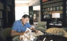 pol040087 - Ronald Regan 40th USA President Postcard Postcards