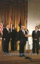 pol040094 - Jordon's King Hussein and Egyptian Prisident Hosni Murbarak Ronald Regan 40th USA President Postcard Postcards