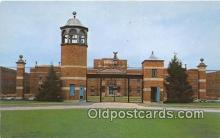 pri001099 - US Federal Prison Terre Haute, Indiana USA Prison Postcard Post Card