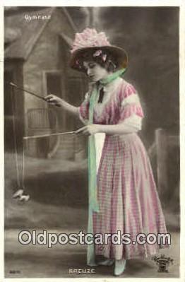 reu001039 - Reutlinger Paris Postcard Postcards