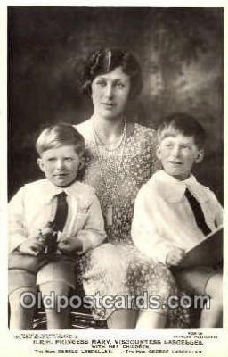 roy001005 - Princess Mary and children British Royalty Postcard Postcards