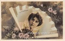 reu001307 - Reutlinger Photography Postcard