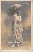 reu001499 - Walery, Paris Publishing Post Card