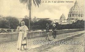 rgn001290 - S.S. Pio X nel Giardino Vaticano, Religion Postcard Postcards