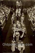 roy001019 - Queen Mary's Procession w/ the Princess British Royalty Postcard Postcards