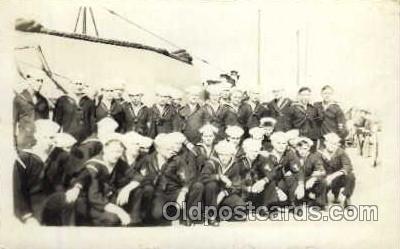 shi003156 - Military Ship Ships Postcard Postcards
