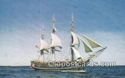 shi020458 - H.M.S Bounty, Lunenberg, Nova Scotia Sail Boat Postcard Post Card