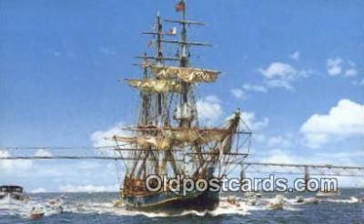 shi020472 - The Bounty  Sail Boat Postcard Post Card