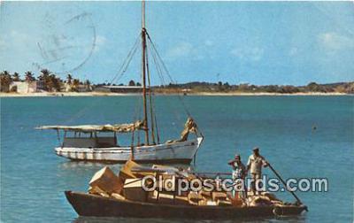 shi020777 - St Martin French West Indies, Baie de Marigot Ship Postcard Post Card