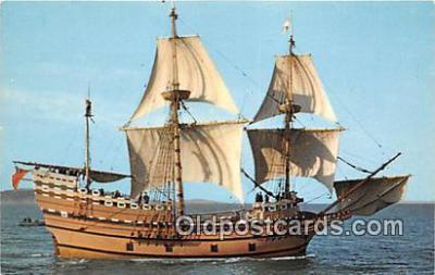 shi020800 - Mayflower II Plymouth, Mass USA Ship Postcard Post Card