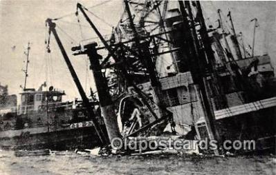 shi051043 - Reproduction - Guam Bear Deck Awash Ship Postcard Post Card
