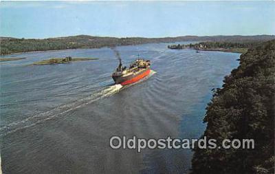 shi055086 - Scenic Hudson River Rip Van Winkle Bridge Ship Postcard Post Card