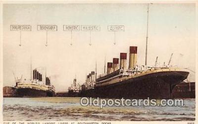 shi056237 - Mauretania, Berengaria Southampton Docks Ship Postcard Post Card