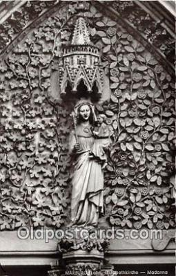 sta001107 - Statue Postcard