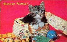 sew001065 - Kniting Postcard