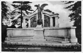 shi002126 - Titanic Memorial, Southhampton, Ship Postcard Postcards