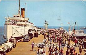 shi045039 - Arriving at Avalon Santa Catalina, California USA Ship Postcard Post Card