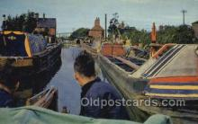 shi053083 - Oxford Canal at Hawkesbury Ship Postcard Postcards