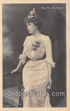 slm001088 - Foreign Actress Postcard