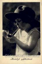 smo001076 - Children Smoking Postcard Postcards