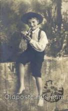 smo001083 - Children Smoking Postcard Postcards