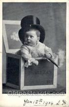smo001118 - Children Smoking Postcard Postcards