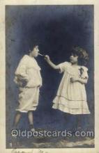 smo001120 - Children Smoking Postcard Postcards