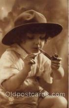 smo001151 - Children Smoking Postcard Postcards