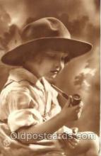 smo001154 - Children Smoking Postcard Postcards