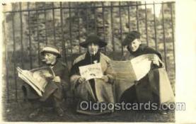 smo001168 - Children Smoking Postcard Postcards