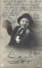 smo001214 - People / Children Smoking Postcard Postcards