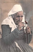 smo100041 - Smoking Old Vintage Antique Post Card