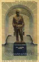sta001008 - Will Rogers Memorial Statue, Claremore, Oklahoma, USA Statue Postcard Post Card Old Vintage Antique