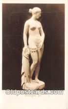 sta001057 - Statue Postcard