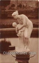 sta001132 - Statue Postcard