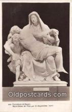 sta001155 - Statue Postcard