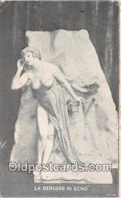 sta001157 - Statue Postcard